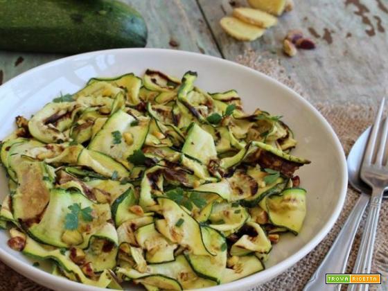 Zucchine grigliate allo zenzero e pistacchi