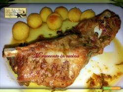 Costine alle Spezie con Bocconcini di Patate al Forno