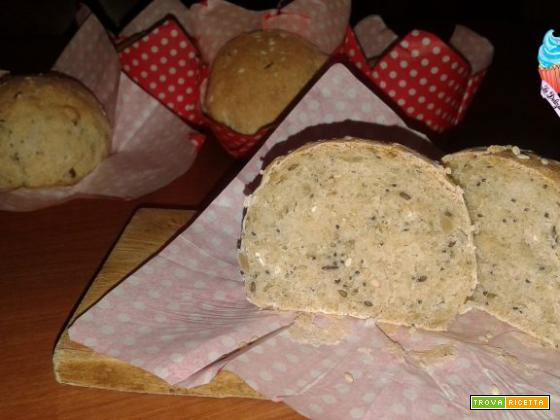 Pane ai cereali e semi vari