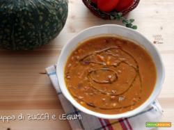 Zuppa di zucca e legumi, ricetta vegana