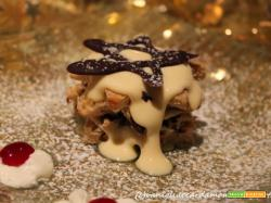 Millefoglie di panettone al cioccolato farcito con crema di mascarpone