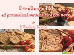 Friselle con LM alle olive nere e pomodorini secchi sott'olio – videoricetta