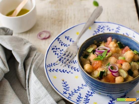 Insalata di amaranto con legumi e verdure