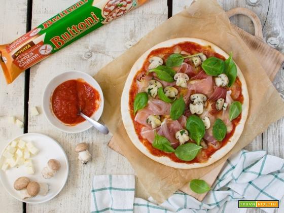 Prepariamo la pizza speck, champignons e spinacini