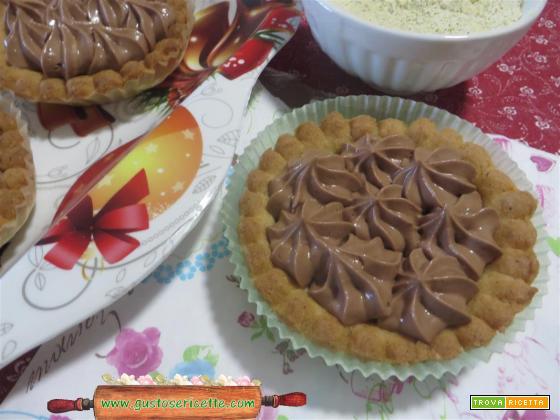 Crostatine farina di roveja panna e nutella