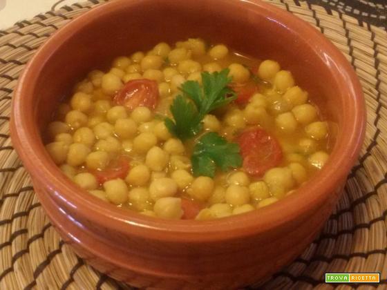 Zuppa di ceci al curry