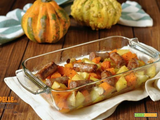 Patate e zucca al forno con salsiccia