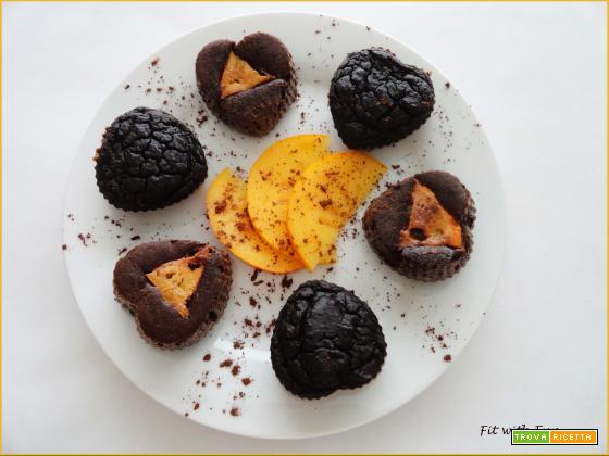 Tortini Muffin Fit e Light ai Cachi e Cioccolato con Video Ricetta