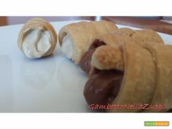 Cannoli con cremoso di arachidi e ganache montata al caffe