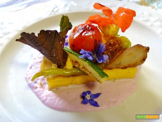 polenta con crema di cavolfiore senapato e verdure croccanti