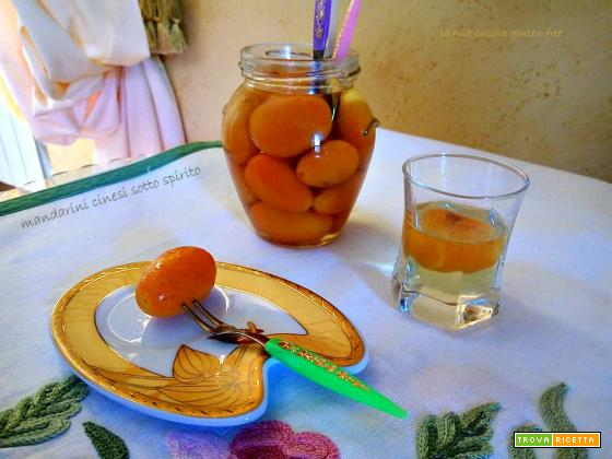 Mandarini cinesi sotto spirito