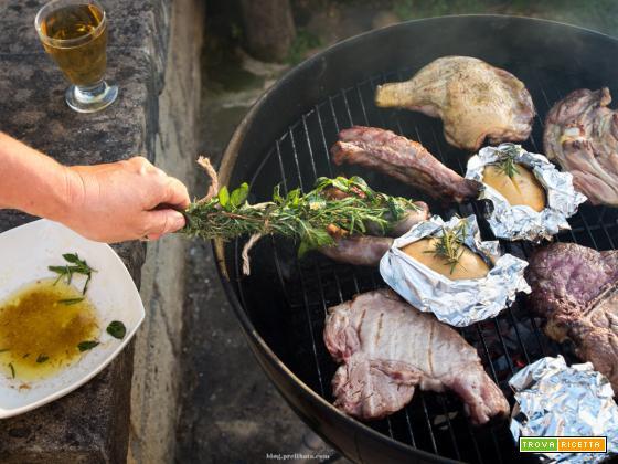 GRIGLIATA DI CARNE segreti e marinate per una grigliata perfetta