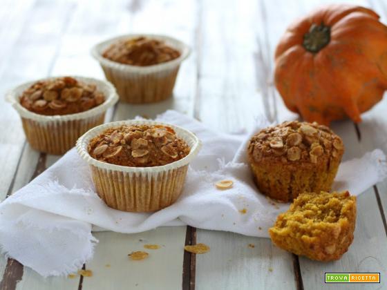 Muffin morbidi alla zucca e fiocchi di soia senza latticini