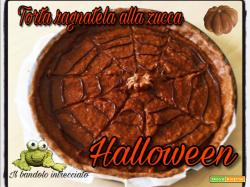 Crostata di zucca decorata per Halloween con video ricetta