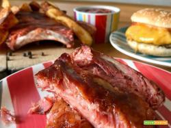 Costine di maiale in salsa BBQ