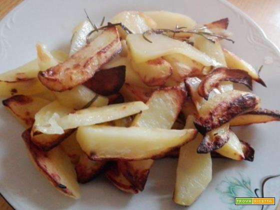 Patate fritte nel forno alogeno ad aria