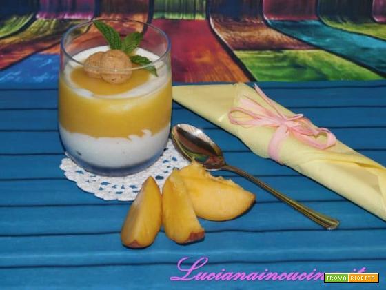 Mini dessert yogurt pesche e zenzero