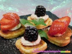 Pancake alla frutta mini