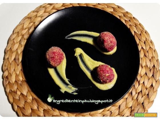 Polpette di fagioli rossi e barbabietola, su crema di broccoli alle arachidi