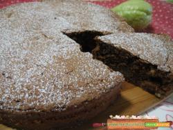Torta al cacao con noci e zucchine spinose