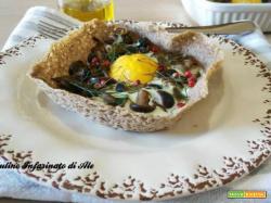 Uovo in cialda con pioppini