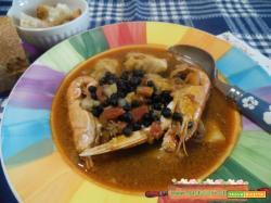 Zuppa di pesce senza spine con roveja