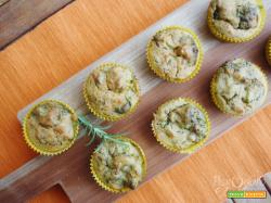 Muffin salati broccoli e mandorle