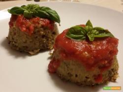 Tortini di melanzane con salsa di pomodoro