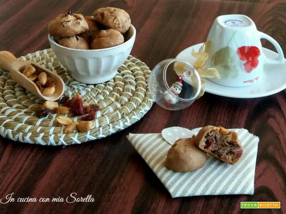 Biscotti alle arachidi salate e frutti rossi – Idea regalo di Natale