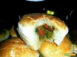 Tortino rustico con broccoli e salsiccia