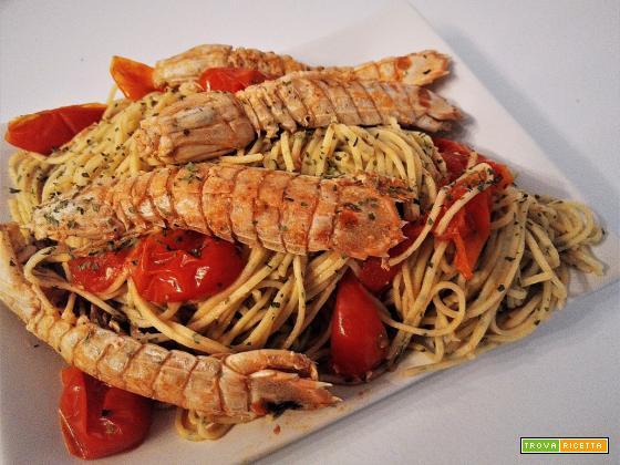 Spaghetti con canocchie (cicale di mare)