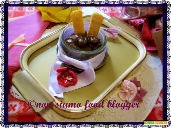 La Crema Pasticcera al Cioccolato Fondente con uova intere, ricetta facile