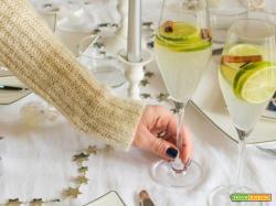 Cocktail analcolico zenzero e cannella per iniziare il pranzo