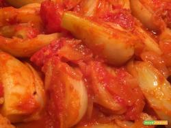 Finocchi in padella con pomodoro e cumino
