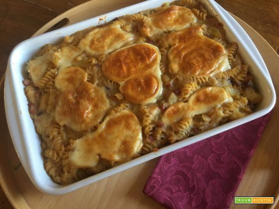 Pasticcio di pasta e patate con provola affumicata