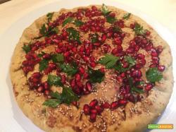 Pizza agrifoglio, rustico di ispirazione natalizia