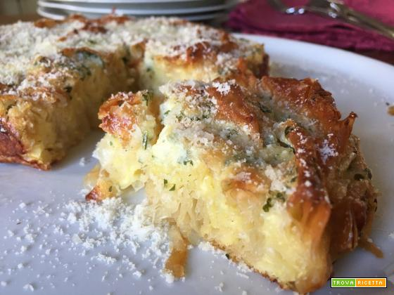 Torta fyllo al parmigiano