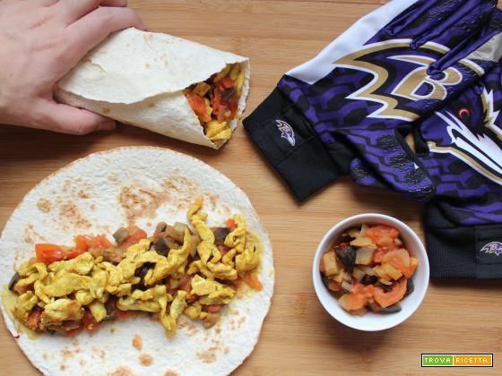 Tortillas con pollo e chutney di verdure