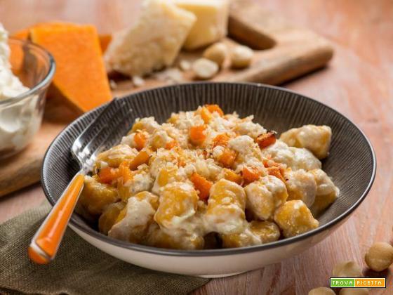 Gnocchi di zucca con crema al mascarpone e noci