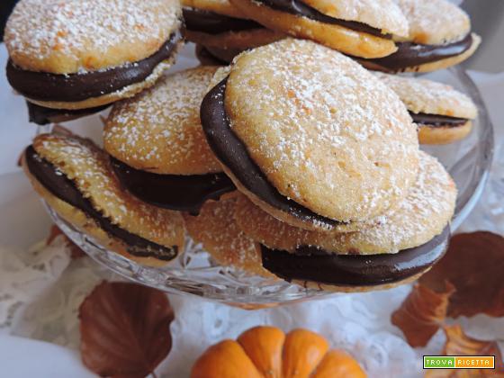 Biscotti alla zucca con cioccolato fondente