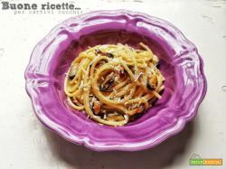 Spaghetti cozze e pecorino