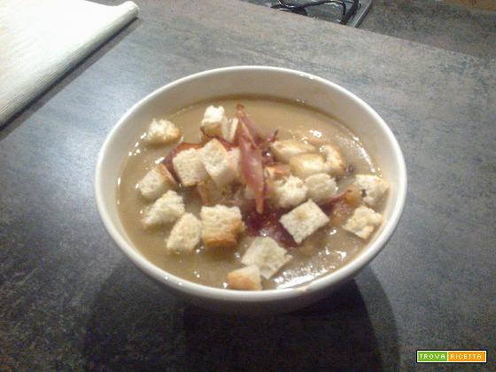 Zuppa di cipolle croccante