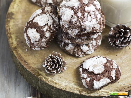 Ricetta chocolate crinkles cookies