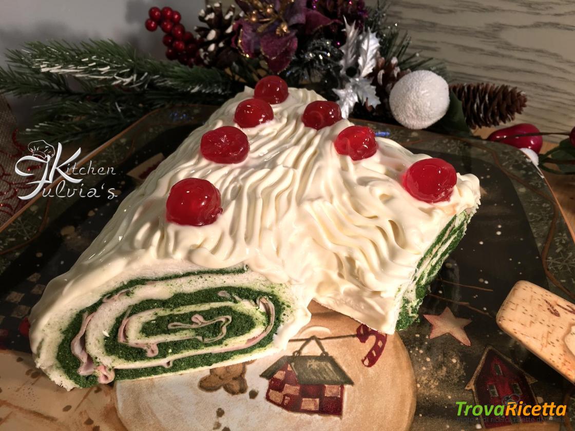 Ricetta Tronchetto Di Natale Per 10 Persone.Tronchetto Di Natale Salato Buche De Noel