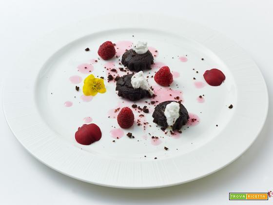 stelle d'attesa – muffin al cacao e miglio con riduzione al moscato alle rose