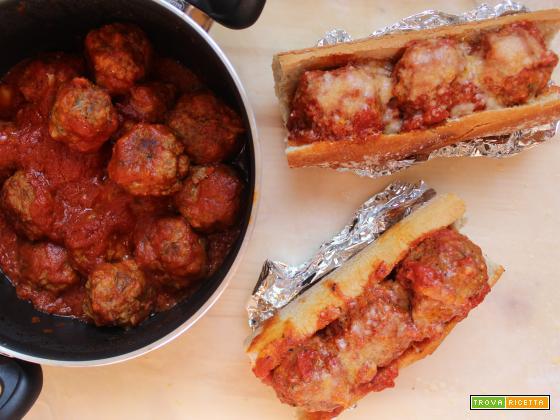 Meatball grinder: il panino con le polpette