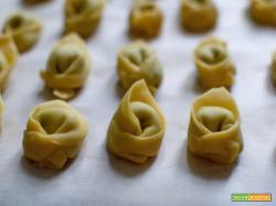 Tortellini ripieni di spinaci e grana