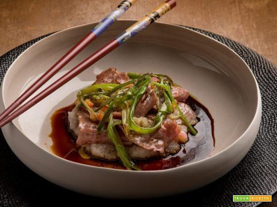 Sukiyaki di Wagyu con fonio: un piatto tutto da scorpire