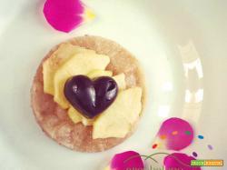 Torta di mele con base di pasta frolla …tutto Vegan !