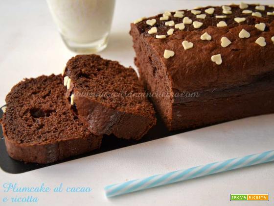 Plumcake al cacao e ricotta